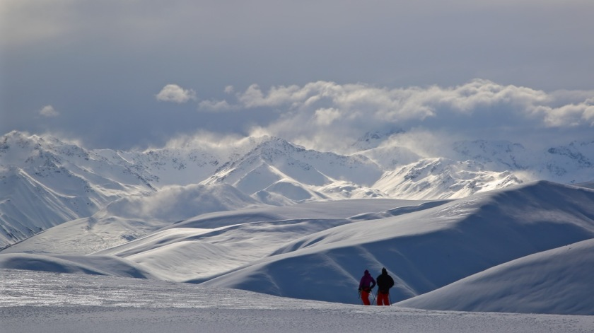 Skiers at Roundhill Ski Area, Canterbury, New Zealand