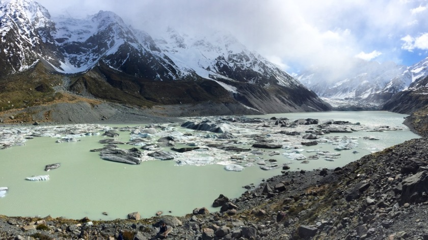 Icebergs in the Hooker Glacier Lake, Mount Cook, New Zealand