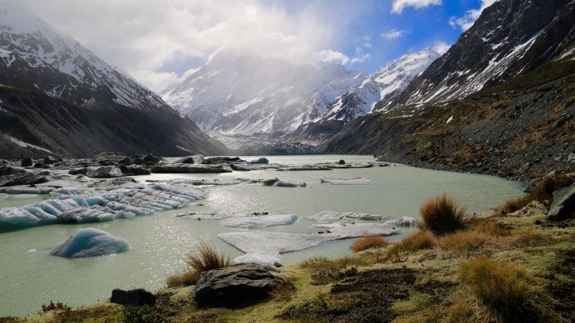 Hooker Glacier Lake, Aoraki Mount Cook, NZ