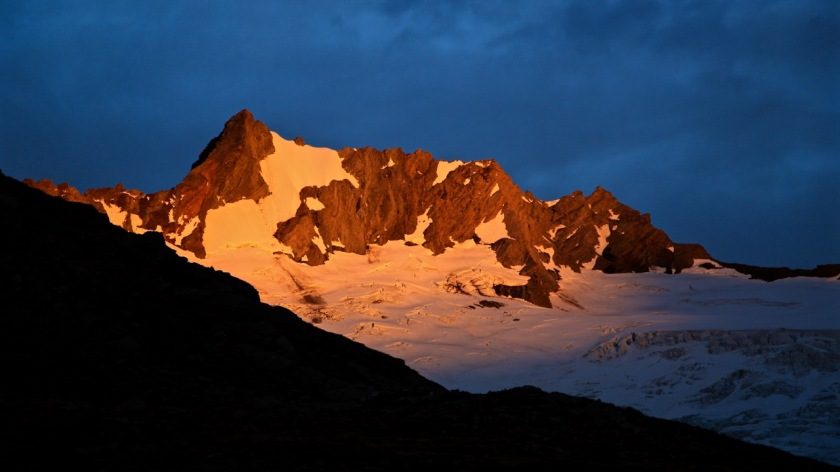 Sunset over Mount Avalanche, Mt Aspiring National Park