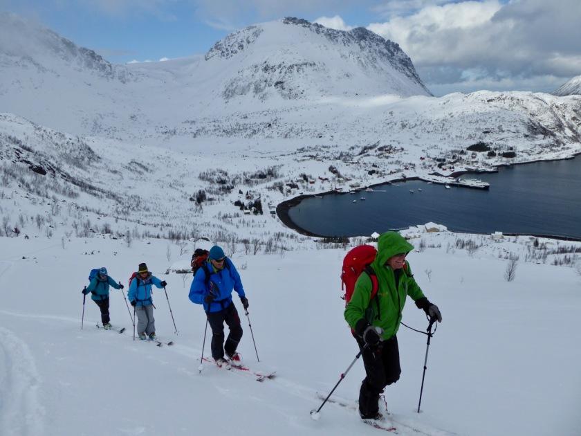 Ski touring in Sør-Tverrfjord, Northern Norway
