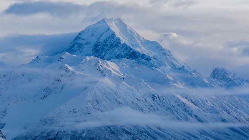Fresh winter snow on Aoraki Mount Cook, New Zealand